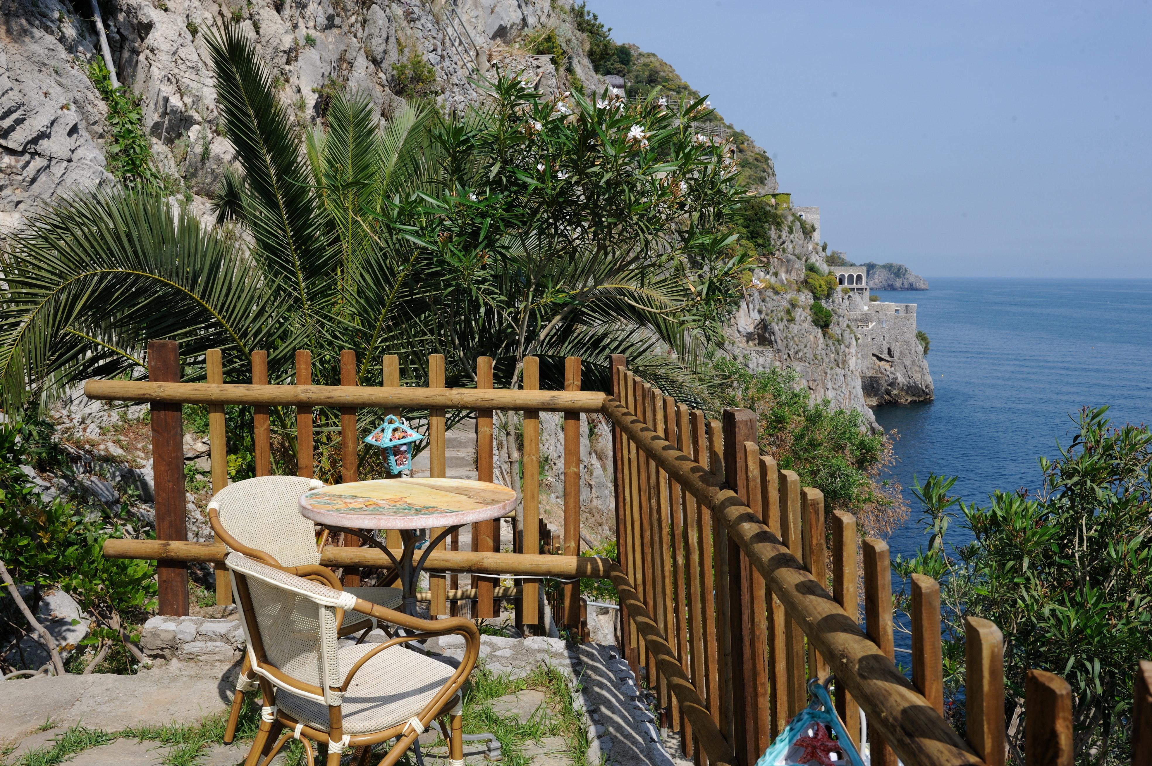 Albergo in Costiera Amalfitana a Furore, camere vista mare